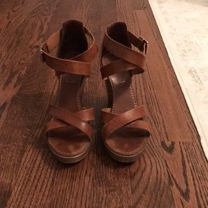 TOP SHOP brown leather wedges sz 7 / 37